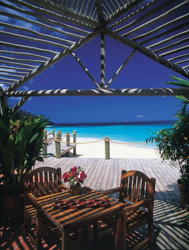TeePee Bar, Galley Bay in #Antigua