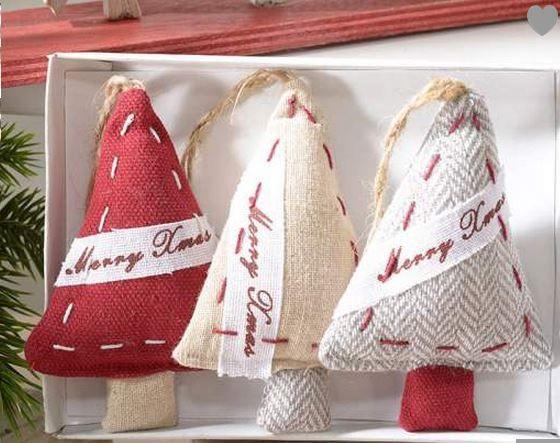 Tante decorazioni morbidoso....  http://www.idea-piu.com/store/1/addobbi-e-decorazioni-1023