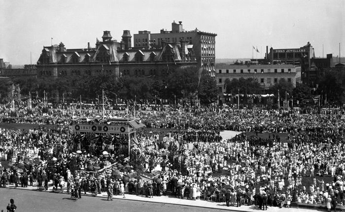 (Above: Canadians gather in front of Parliament Hill for the Diamond Jubilee celebration (60th anniversary) of Confederation) To conclude, while the Twenties did provide a quantity of good things, their quality is not as high as the negatives like poverty, unemployment, and even the beginning of the Great Depression.