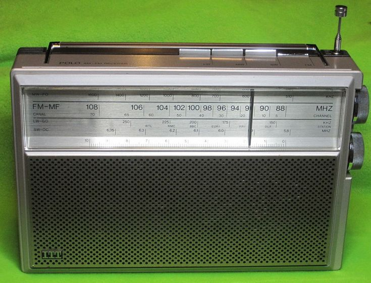 18366310953566642 additionally File Vintage Panasonic FM AM Clock Radio  Model RC 7467  7 Transistors 6 Diodes  Swivel Base  Made In Japan  Circa 1970  13953720099 as well Stock Image Transistor Radio Image7063611 moreover Philips L6x38t Fm Am De Luxe besides Classdwm. on vintage transistor radios