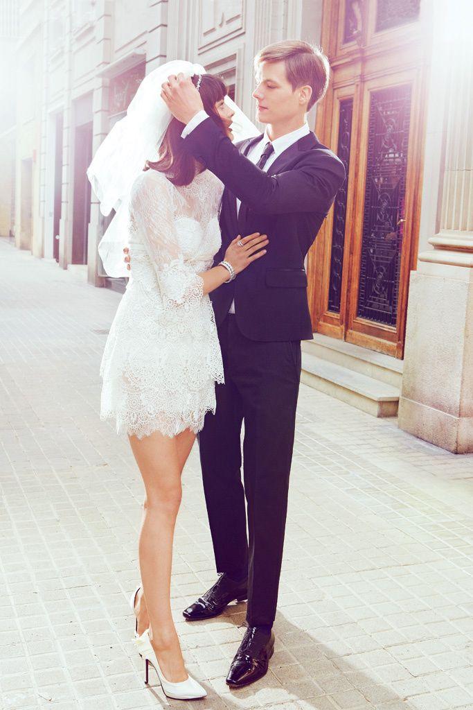 Vestido de novia bonito pero no muy formal ni pomposo.