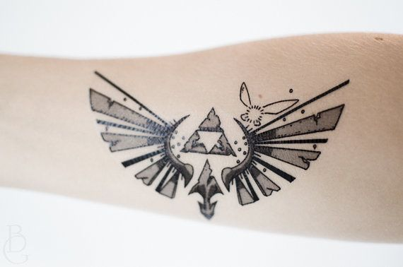 Tatuaje temporal de Trifuerza pequeño por SeventhSkin en Etsy