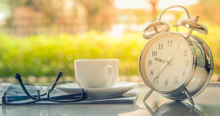 Как научиться рано вставать по утрам и высыпаться — 5+ советов будущим «жаворонкам» - http://life-reactor.com/kak-nauchitsya-rano-vstavat-po-utram/