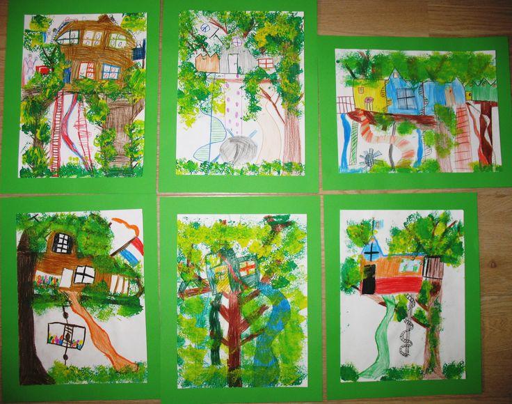 Mijn boomhut. Gemengde techniek op papier: teken met kleurpotlood een boom met kale takken en een boomhut. Het gebladerte tamponneren met een sponsje met groene en gele verf. Mei 2014. De kinderen waren erg enthousiast.