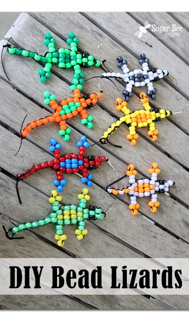 this will be a perfect craft for kids this summer - - there's even a video to walk you through the steps - - DIY pony bead lizard animals