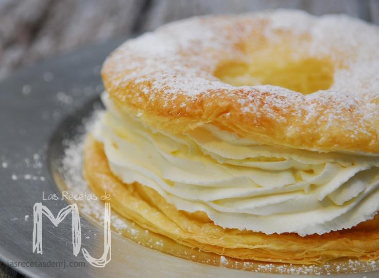 Rosco de hojaldre con nata / Puff pastry with cream pie