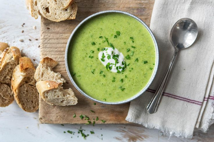 Brokkoli-Creme-Suppe Rezept | HelloFresh