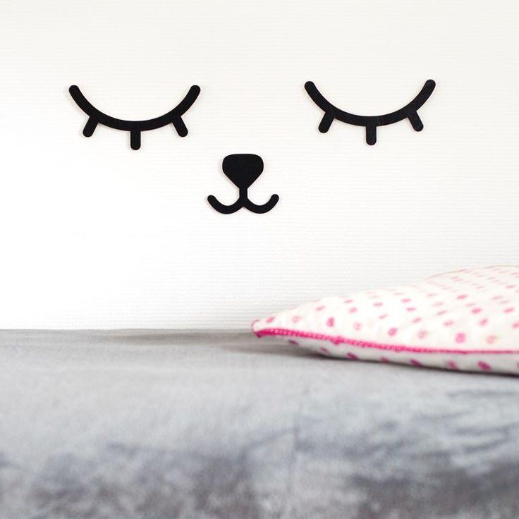 sleepy eyes muurdecoratie #sleepyeyes #walldecoration #nursery #babykamer #decoratie #decoration #monochrome #lashes #wimpers
