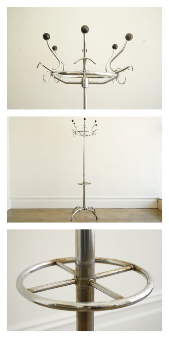 Modernist Italian nickel plated coat stand with legs and umbrella ring, c.1930.