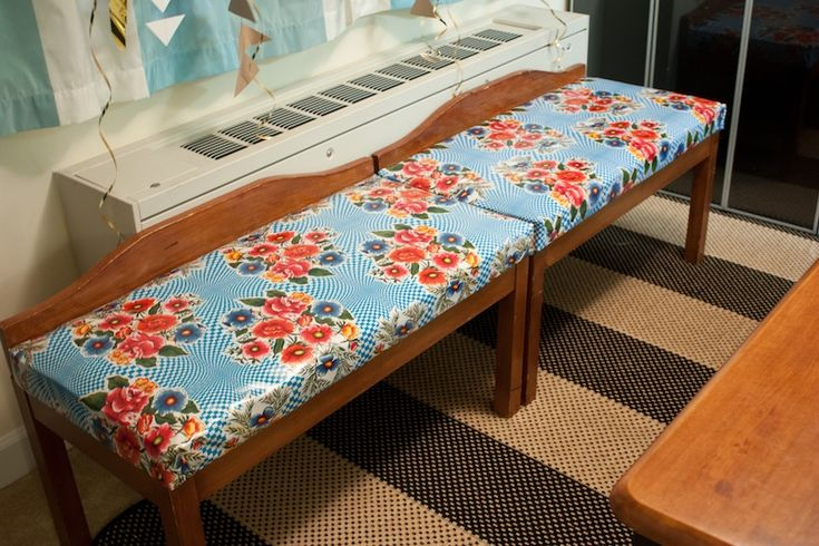 Zelf kussens van tafelzeil maken voor bankjes in de tuin  #tuinmeubelspimpen