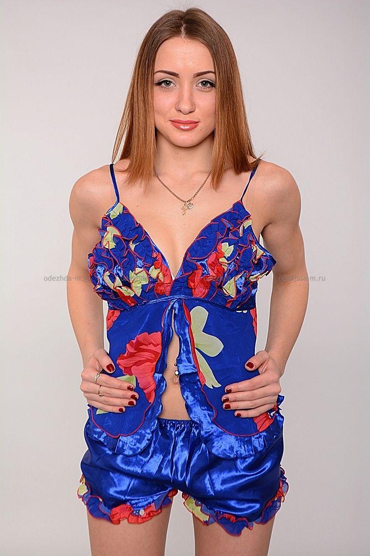 Комплект В8652 Цена: 140 руб Очаровательный комплект состоящий из легких шортиков и топа на тонких регулируемых бретелях. Модель комфортного покроя, приятной расцветки. Состав: 100 % шелк. Рост модели на фото: 170 см. Страна производства: Китай Размеры: 40-48  http://odezhda-m.ru/products/komplekt-v8652  #одежда #женщинам #домашняяодежда #одеждамаркет