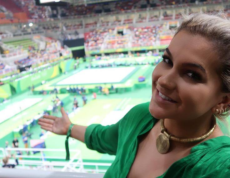 Coisa mais emocionante foi o que eu senti quando entrei aqui!!! Estou vendo a Ginástica Artística agora em um lugar muito especial nos Jogos Olímpicos Rio 2016!!! Eu mesma fiquei surpresa com o que eu senti... É bonito demais!!!  #ingressosrio2016 #rio2016 #ginasticaartistica