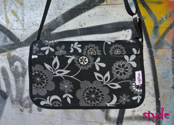 Shoulderbag - Finlayson - Handmade