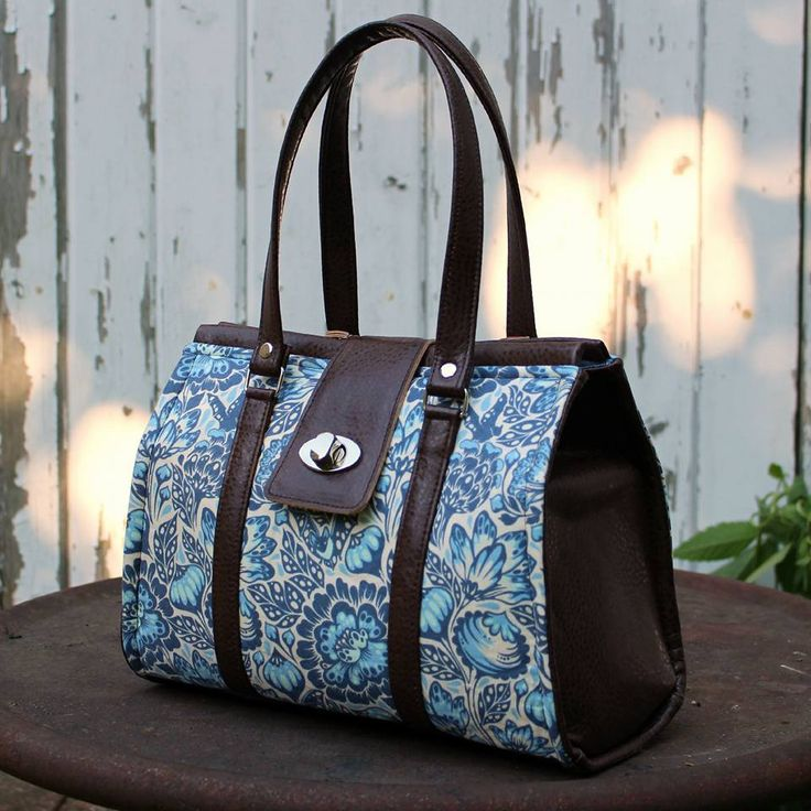 Nora Doctor Bag in three sizes $5.95–$9.95 I can see this in some wild batik with denim.
