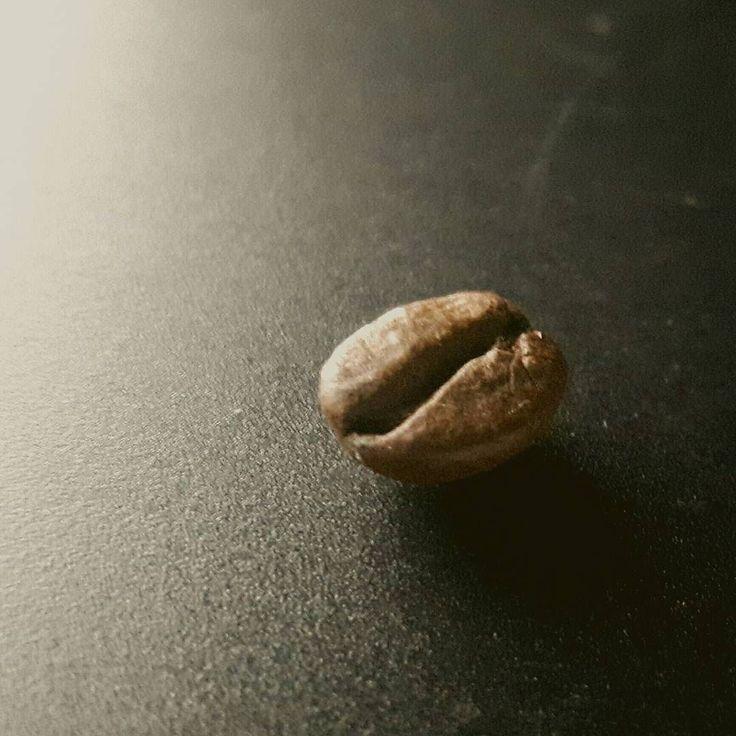 Shot using a #samsungs5neo . . . . . .  #Vironas #Greece #food #foodporn #foodie #foodpicoftheday #foodpic #foodgasm #instafood #yummie #coffee #coffeelife #coffeelove #coffeeporn #coffeegram #grow #dark #nature #chocolate #drink #simplicity #nut #beach #texture #bean #chocolate #energy #dawn #caffeine #cereal