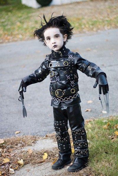 edward scissor handsJohnny Depp, Halloweencostumes, Halloween Costumes, Edward Scissorhands, Future Kids, Kids Costumes, Edwardscissorhands, Little Boys, Costumes Ideas