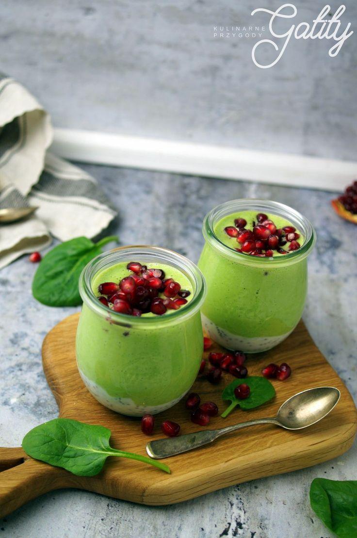 Kulinarne przygody Gatity - przepisy pełne smaku: Jogurtowy koktajl z chia, szpinakiem i ananasem