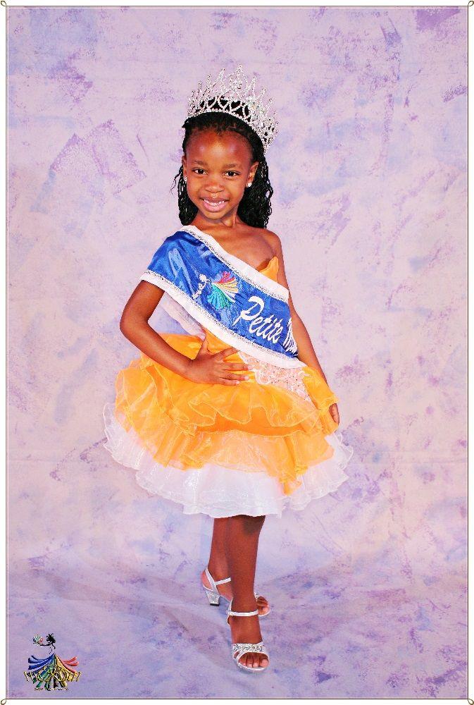 Petite Miss RSA 2015 - Winner Tebello Masilo