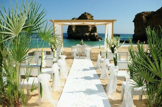 #White #Beach Wedding Ceremony ... Wedding ideas for brides, grooms, parents & planners ... https://itunes.apple.com/us/app/the-gold-wedding-planner/id498112599?ls=1=8 … plus how to organise an entire wedding, without overspending ♥ The Gold Wedding Planner iPhone App ♥