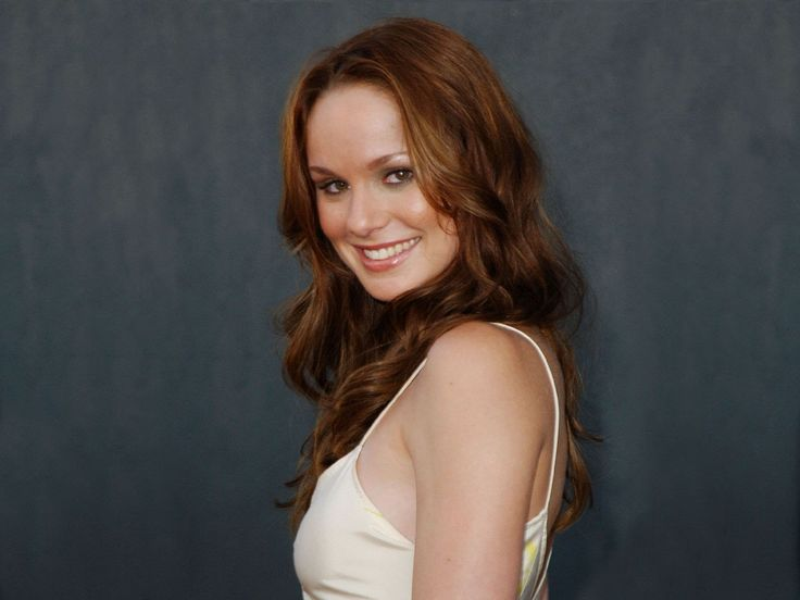 1600x1200px sarah wayne callies wallpapers for mac desktop by Brock Young