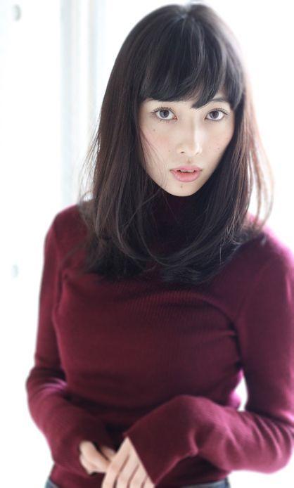 面長にあう♡黒髪ミディアムストレートヘアカタログ(前髪あり/なし)の画像 | 美人部