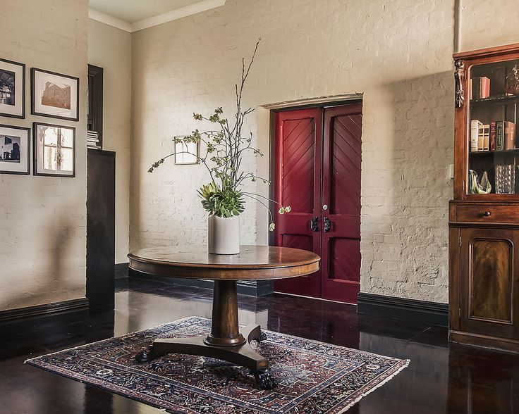 Modern & antique furnishings