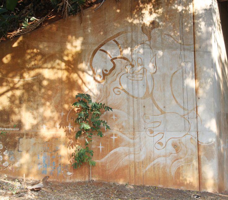 Reverse Graffiti: Tribute to the late, great Robin Williams. Artists: Urbanloveza (@urbanloveza)
