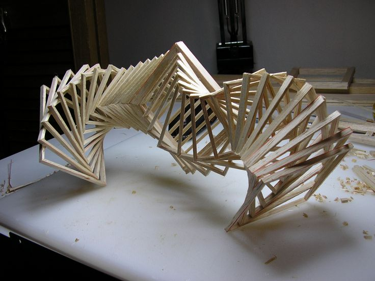 Interesting sculpture, beautiful fluid movement and cool form.