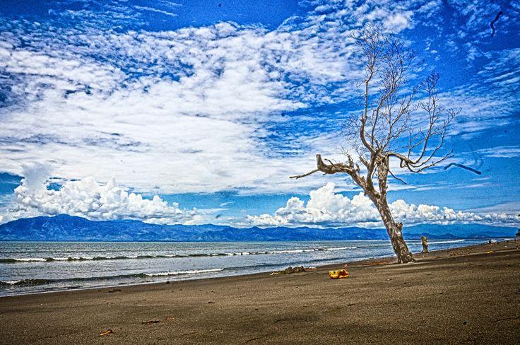 Tobelo in Tobelo, Maluku Utara