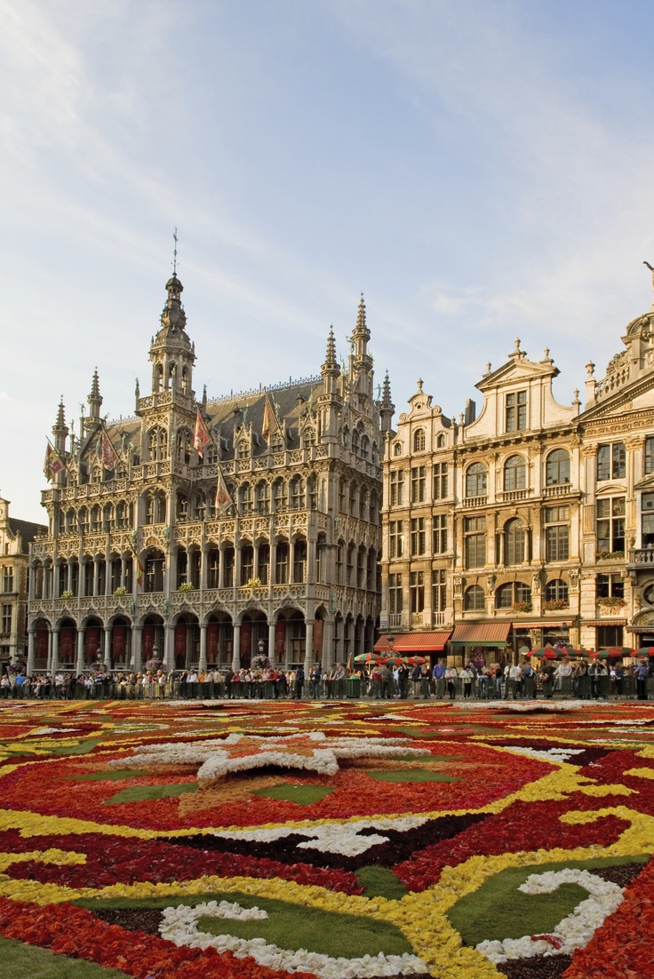 Study Abroad in Brussels, Belgium at Vesalius College! Feel the student beat with four major universities in this cosmopolitan city, and visualize your future as you cross paths with global business and political leaders. Click here for more information about studying at Vesalius College: #studyabroad #isep #belgium
