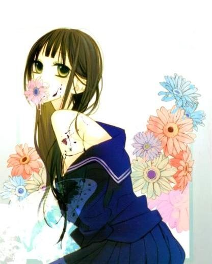 Hakuji: Akiharu es un pintor que últimamente no consigue plasmar nada, pero eso cambia cuando conoce a Seika, una hermosa chica de secundaria que lo vuelve loco. Empieza a pensar en su pelo negro, su piel blanca y en el deseo de tocarla. Esto llega hasta cierto punto en el que empieza asustarse de sus propios pensamientos