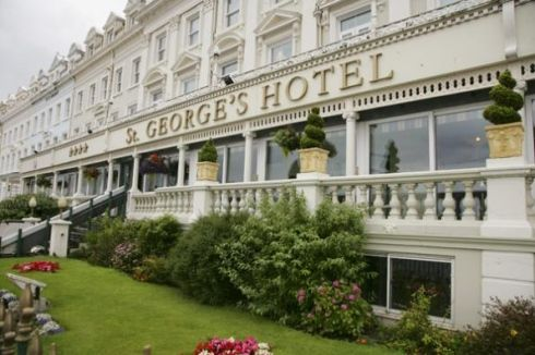 George queen lunch | Cheshire Life luncheon - St Georges Hotel, Llandudno - Food & drink ...