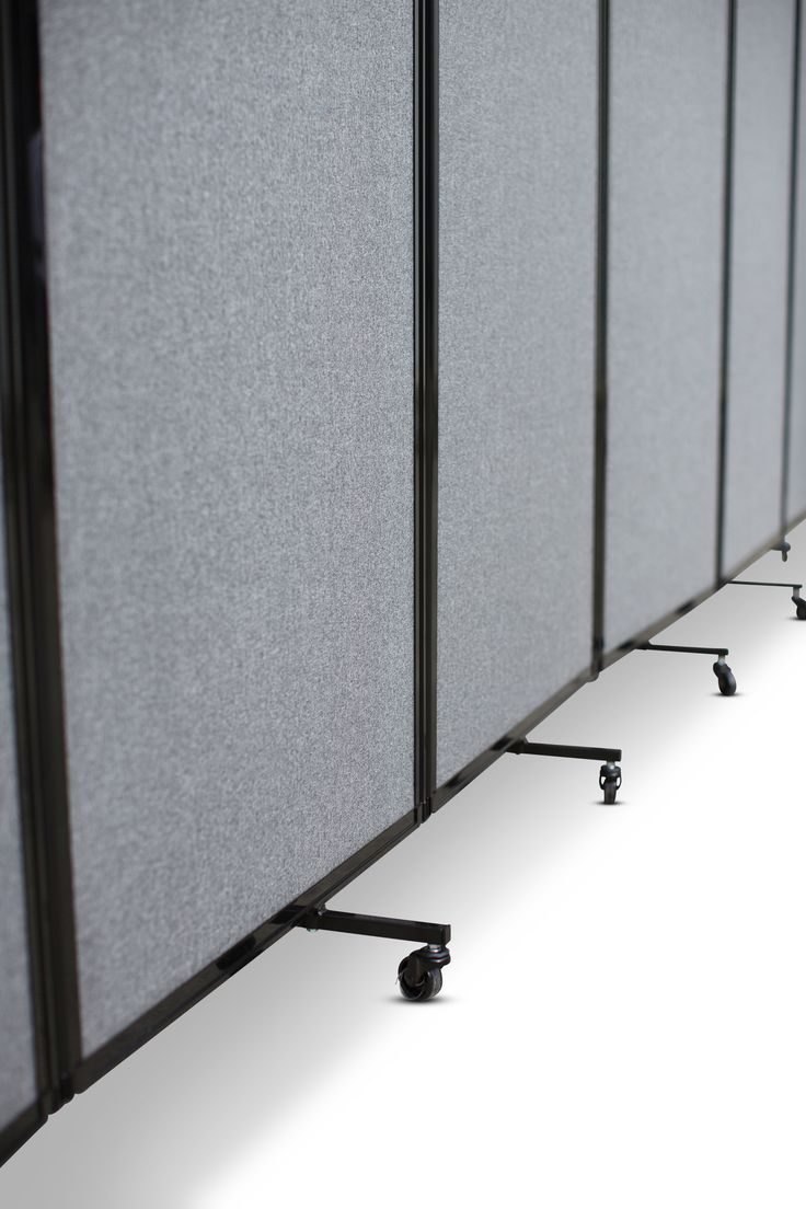 We offer a large variety of portable partitions in fabric, polycarbonate, and laminate panel options.