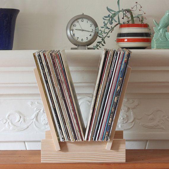 die besten 25 schallplatten aufbewahren ideen auf pinterest platten aufbewahren plattenregal. Black Bedroom Furniture Sets. Home Design Ideas
