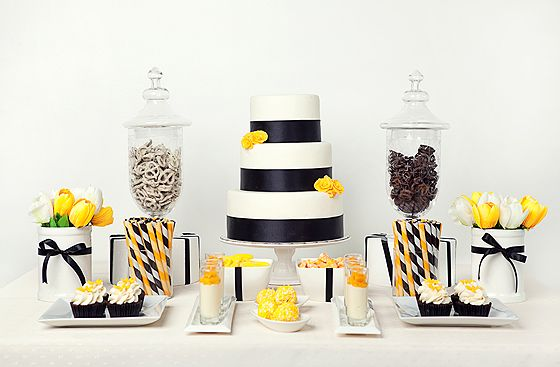 black and yellow dessert tableDessert Tables, Black And White, Wedding Desserts, Black White, Desserts Bar, Parties Ideas, Yellow Desserts, Desserts Tables, Baby Shower