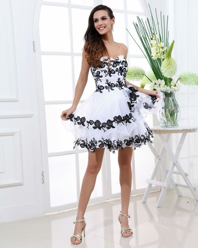25  best ideas about Formal dresses for juniors on Pinterest ...