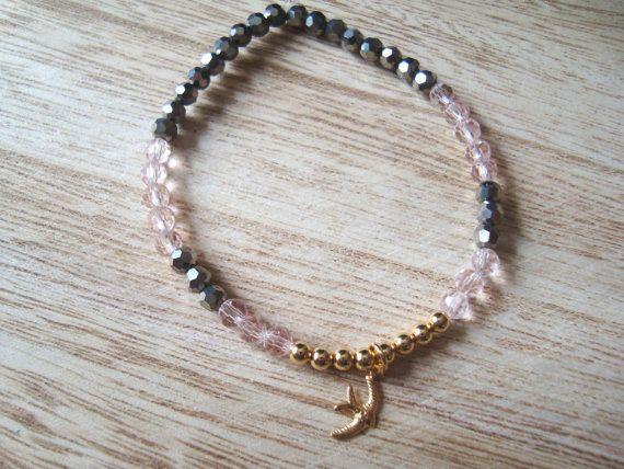 Seed beads bird charm bracelet pink metallic gray by BiancasArt
