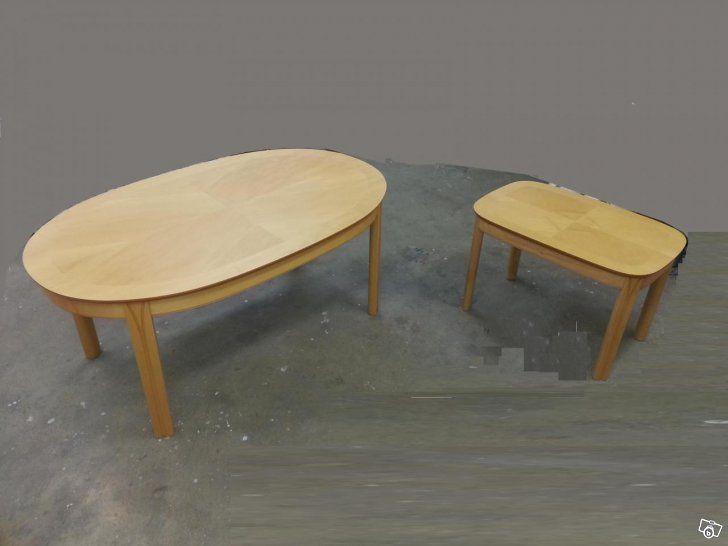Två soffbord i Björk