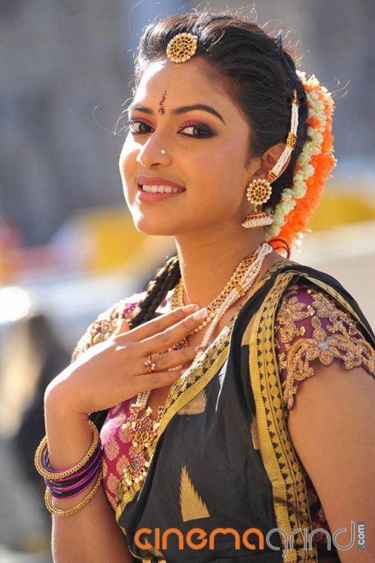 Amala Paul Actress Gallery - Cinemagrind.com