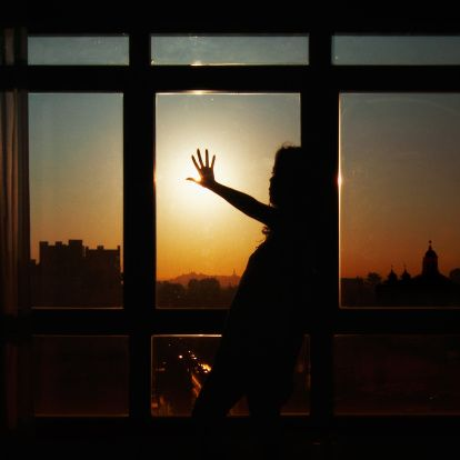 Stock Photo : Silhouette of woman