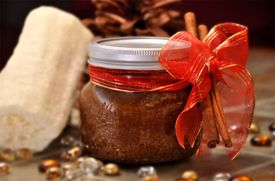Sweet #DIY project: Brown Sugar Body Scrub Recipes     We know the perfect way to relax after a long day of baking! Try this luxurious homemade spa treatment using a delicious aromatic blend of Domino® Dark or Light Brown Sugar, moisturizing oils and fresh fragrances. You can also create this homemade sugar scrub, as a thoughtful, low-cost gift that will make your friends feel a little sweeter!