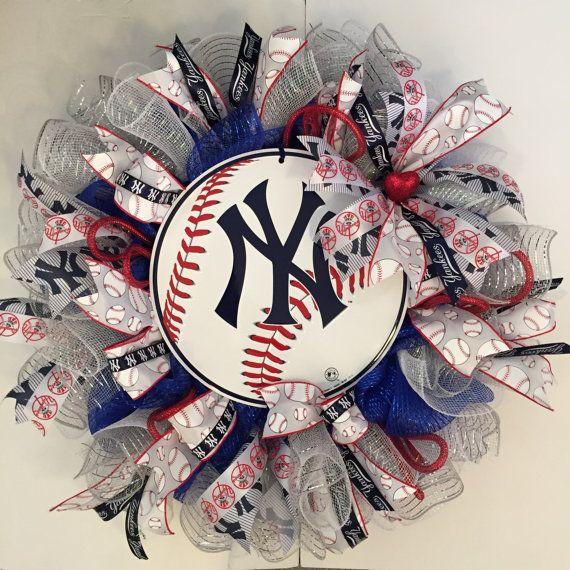 Large New York Yankees Baseball Wreath, NY Yankees, Baseball Wreath, Door Wreath, Sports Team Wreath, Deco Mesh Wreath, Red, White & Blue