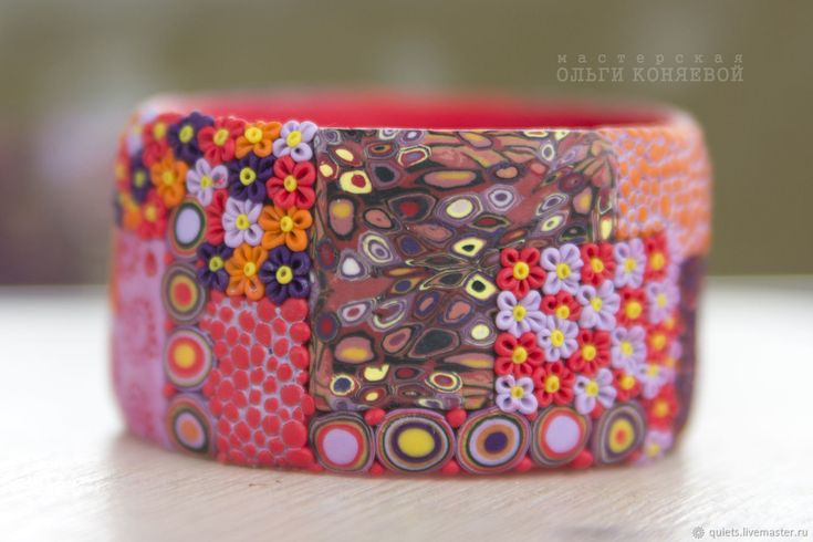 Купить Красный браслет Октябрь в интернет магазине на Ярмарке Мастеров