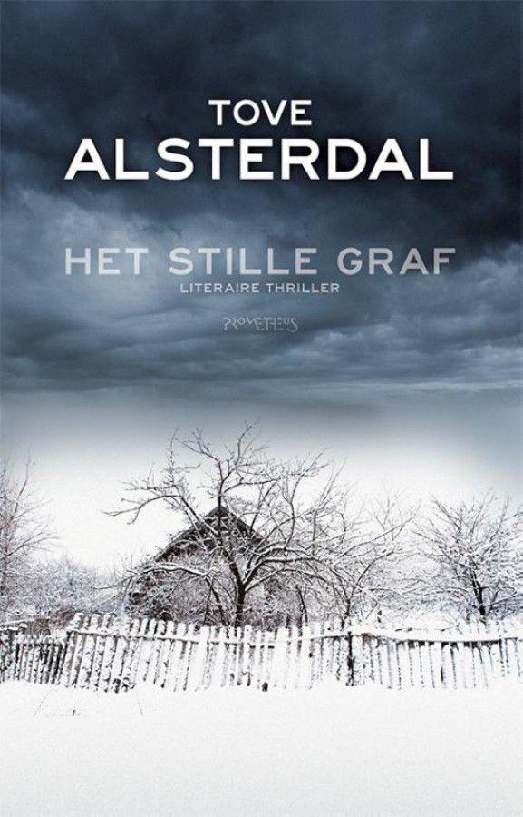 Wil je een razendspannende thriller lezen, dan is dit boek waarschijnlijk te traag en niet thrillend genoeg. Wil je, daarentegen, de koude van het Hoge Noorden in je neus voelen bijten én onder je schoenen voelen kraken, dan ben je in dit boek absoluut aan het juiste adres.  De hoofdverhaallijn is aanvankelijk vrij eenvoudig. Katrine, een Zweedse die in Londen woont en er werkt als journaliste, gaat naar Stockholm om voor haar dementerende moeder te zorgen. Tussen de spulletjes van haar…