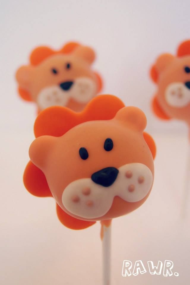 lion cake pop by Evie and Mallow Jungle or Safari theme