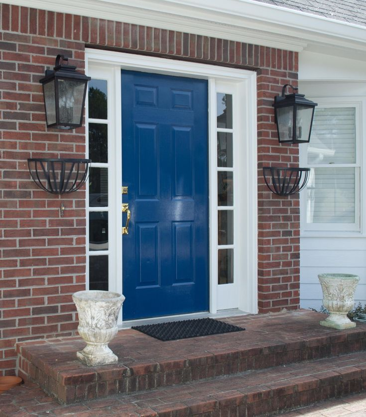 Possible door and shutter colors sherwin williams loyal for Navy blue front door