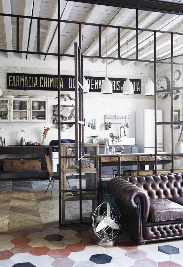 Decoration En Style Vintage Et Industriel Pour Un Appartement Italien Planete Deco A Decoration Style Industriel Deco Style Industriel Idee Deco Industrielle