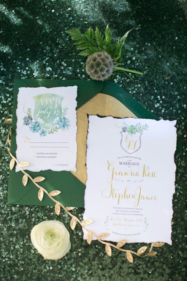 Rich emerald invitation suite: Photography: Heather Cook Elliott - http://heathercookelliott.com/ | Jewel Tone Wedding Theme { 17 ideas to Use Jewel Tones } https://www.itakeyou.co.uk/wedding/jewel-tone-wedding-theme #jeweltone #wedding #fallwedding: