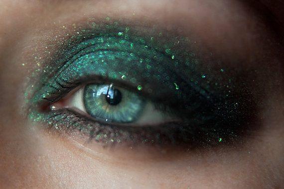 Набор минеральных теней Tammy Tanuka Sigil Inspired, часть 1: темная сторона…