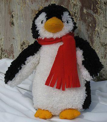 Latch hook kit for huggable penguin